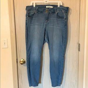 Torrid Skinny Jeans Size 22 Regular
